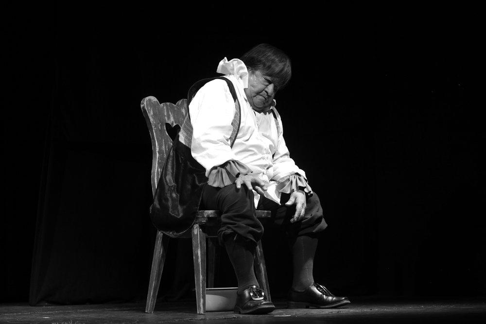 El viejo celoso  , Victor Hugo Gallegos. Foto Silvia Echevarria El Apuntador
