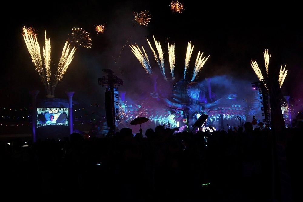 Main Stage Fireworks w/ Armin Van Buuren