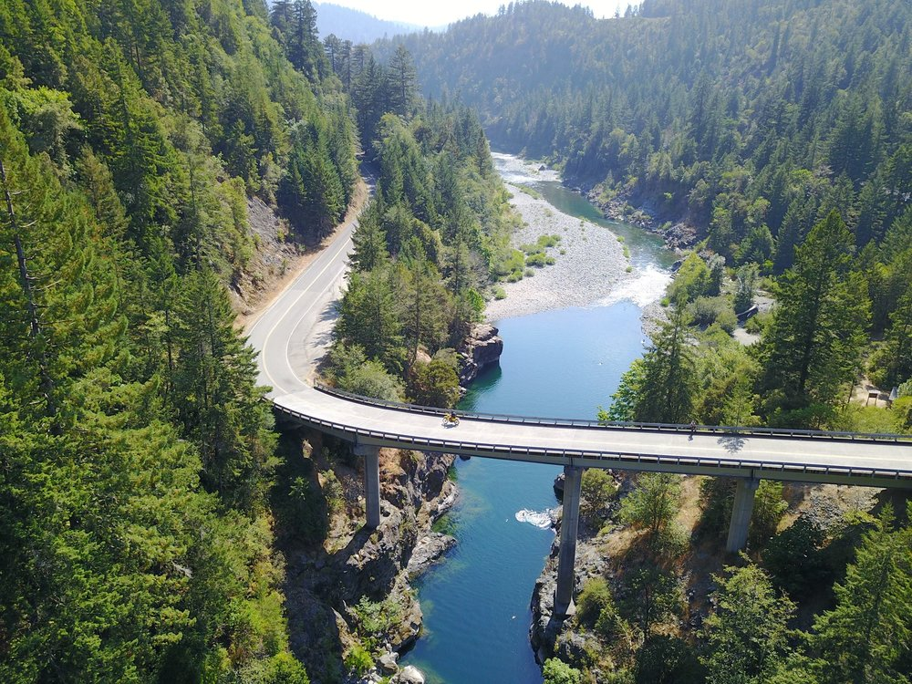 Drone footage off Highway 101 Oregon -