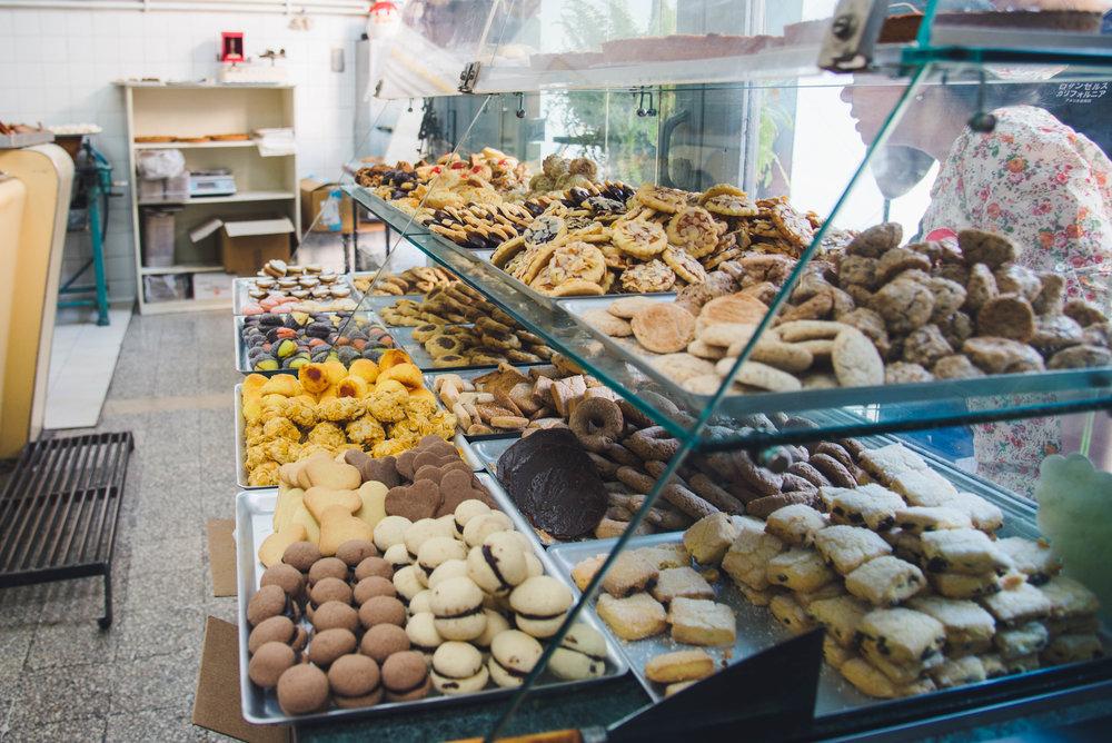 Italian Cookies in Trastevere, Rome Bitemojo Tour