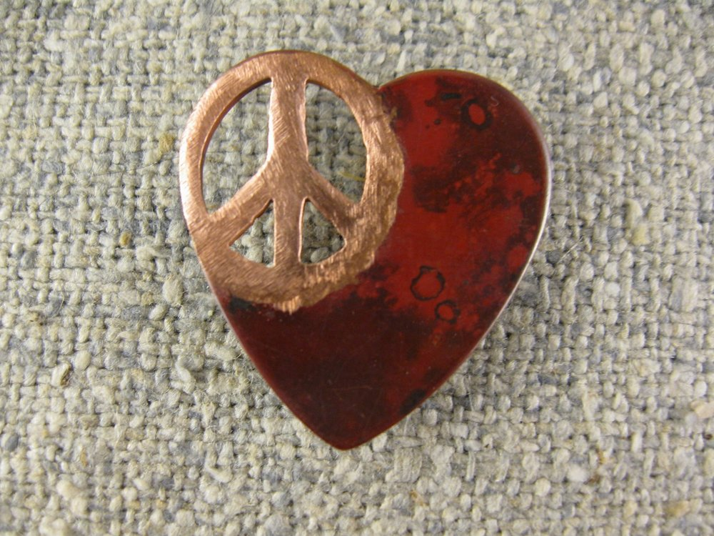 small peaceful heart (tac pin)
