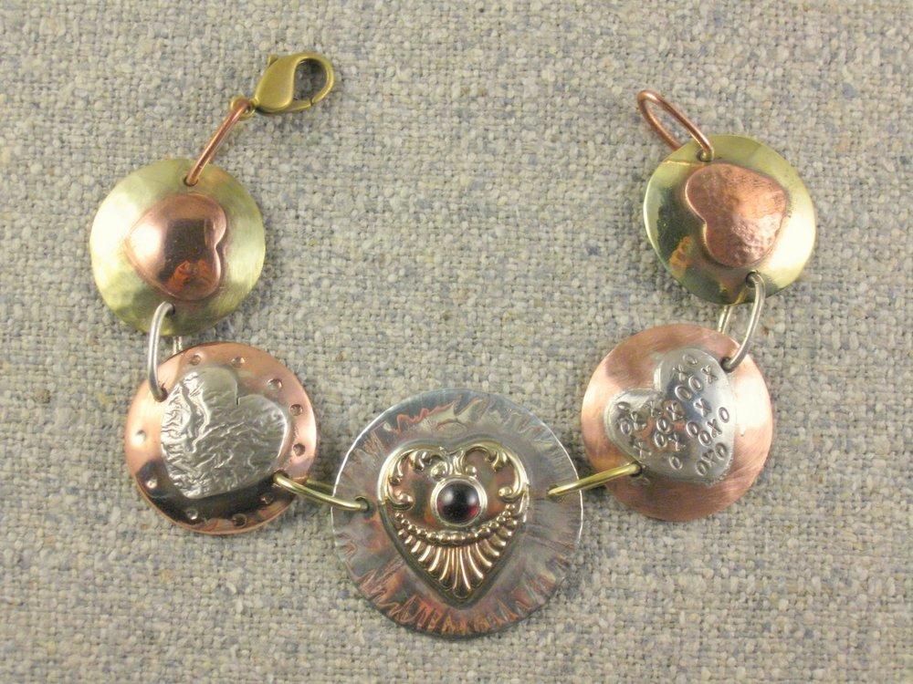 heart circles bracelet