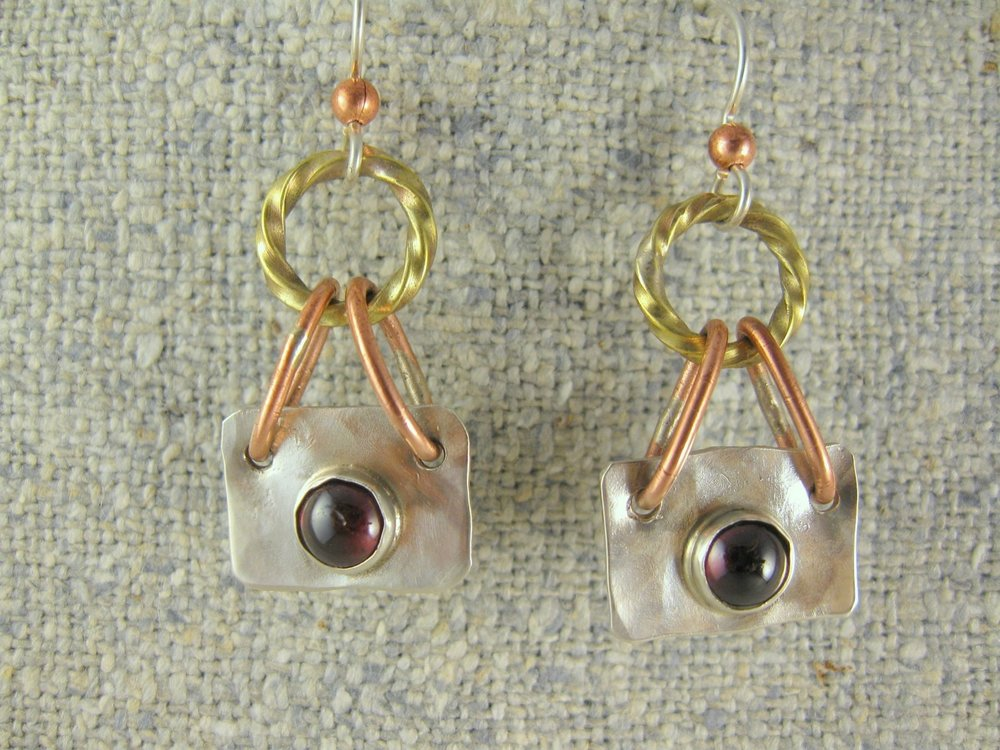 stone link dangle earrings