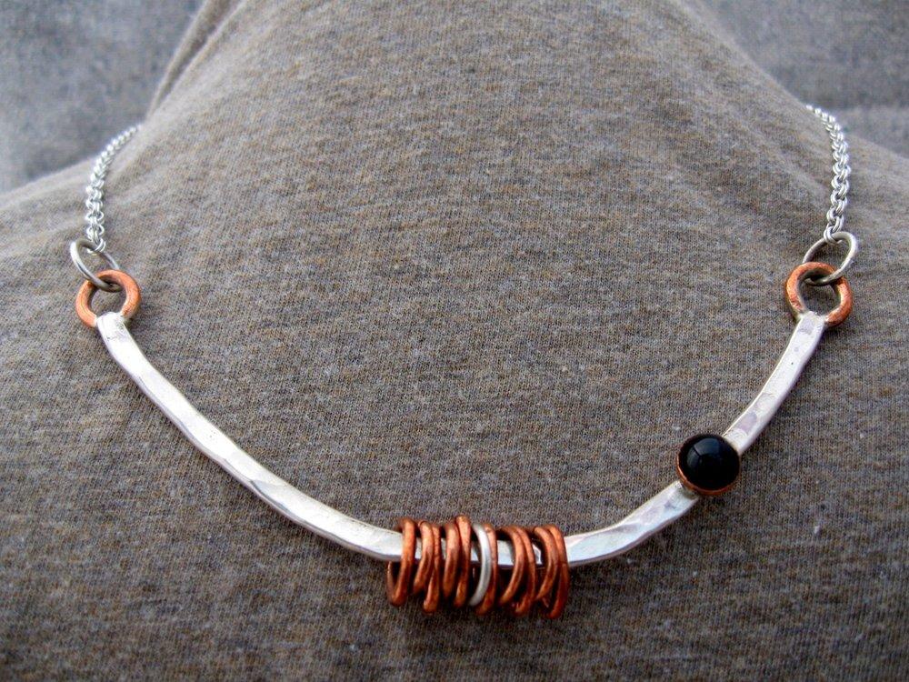 ringbar neckpiece