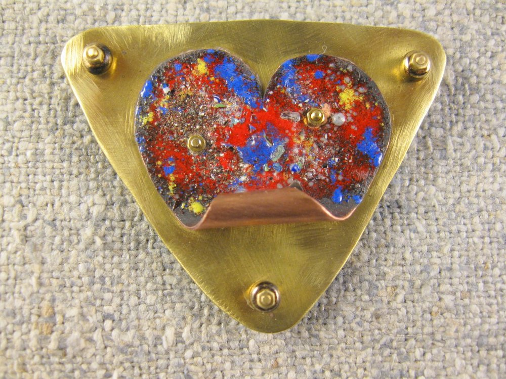 unfolding heart pin