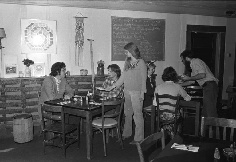 1973 - A group of young students pooled $2,000 to start a restaurant in an old luncheonette called Pax, not far from the University of Kentucky. Among them were Lucia Gattone, Sue Hosey, Anita Courtney, Leslie Bowers, Barry Bleach, Artie Howard and BJ Finnell. As a creative and hard working group, they served delicious and nutritious food in a warm, comfortable atmosphere, which quickly made Alfalfa a community hub.