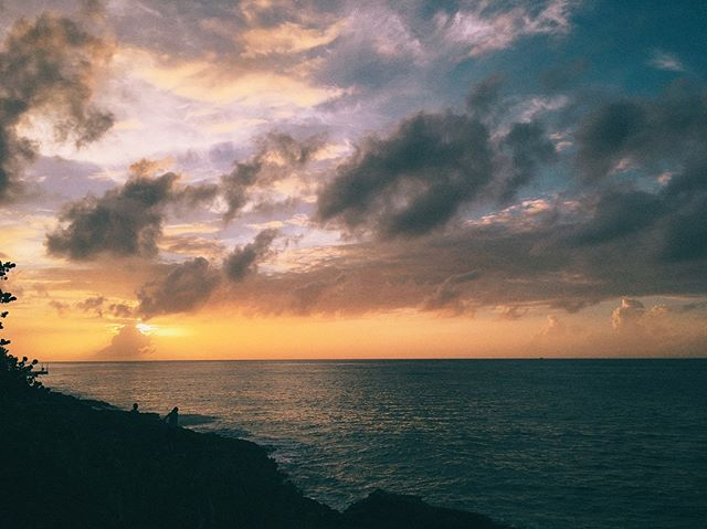 Grey days like today remind me of the sunsets I've seen and that warmer air is closer than than it's been all winter. // #midwest #livinginthemidwest #mexico #cozumel #sunset #explore #travel #winterescape