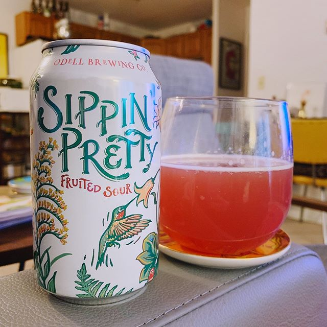 """I turned 32 yesterday, it's """"warm"""" today, & I didn't feel like a dark beer. Odell's Sippin' Pretty is pink, tasty, and helps 40F feel like 80F. // #nowdrinking #thecraftbevs #odell #odellbrewing #sippinpretty #sour #sourbeer #fruitybeer #igbeer #beerstagram #beer #beeroclock #craftbeer"""