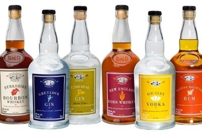 BottleGroupSQUAREMASTER.jpeg