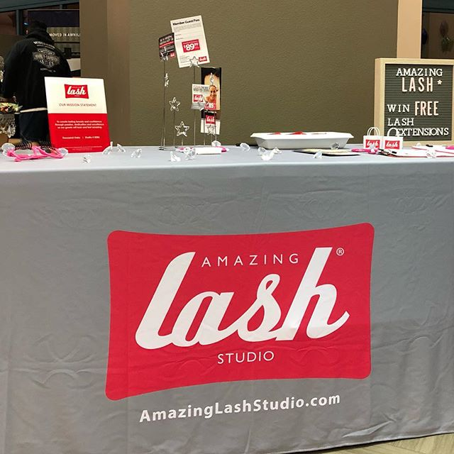 Swing by @lafitness Ventura and get your lashes on!! @amazinglashstudiooxnard is here!  #fit #strong #ojai #training #fitness #ventura #oxnard #camarillo #lashes