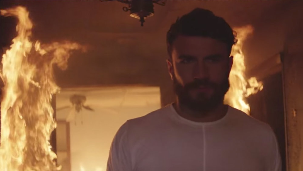SAM HUNT | BREAK UP IN A SMALL TOWN