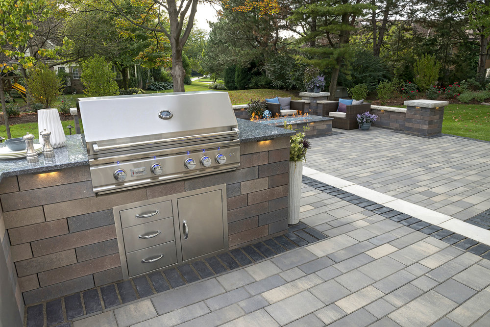 Professional outdoor kitchen design with a grill in Harrisburg Dauphin County PA