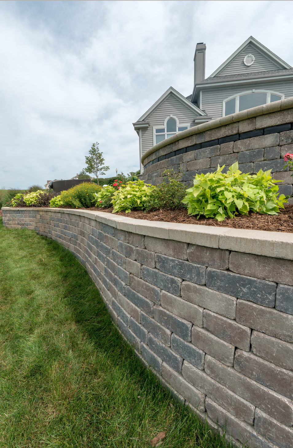 Choose these Unilock Wall Units for Your Retaining Wall Projects in York, PA