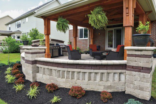 How to Assist York, PA, Clients When Choosing Hardscape Materials