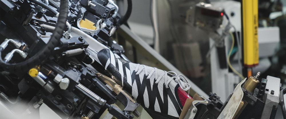 SpeedFactory</br><em>adidas</em>