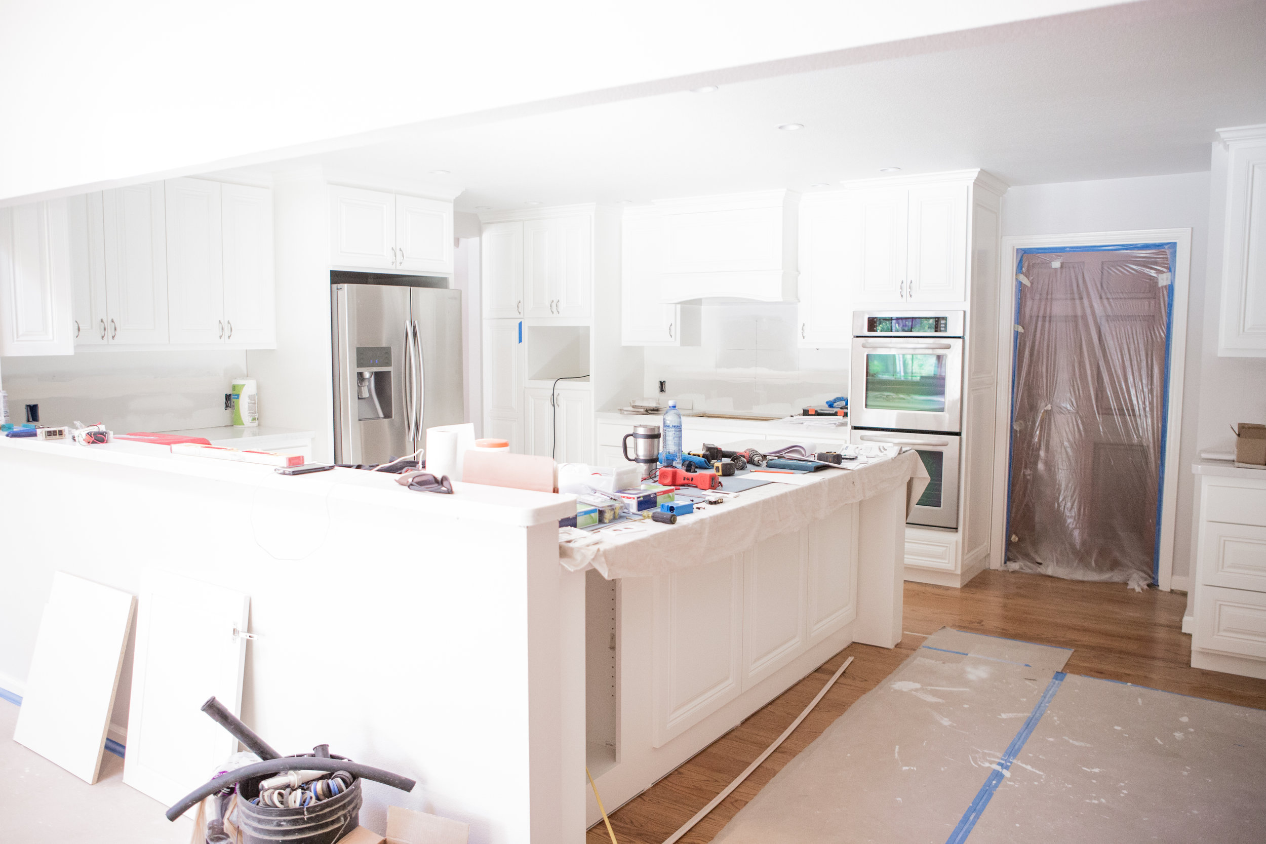KITCHEN PAINT, COUNTER TOPS & CABINET HARDWARE - PROJECT HAVERSACK ...