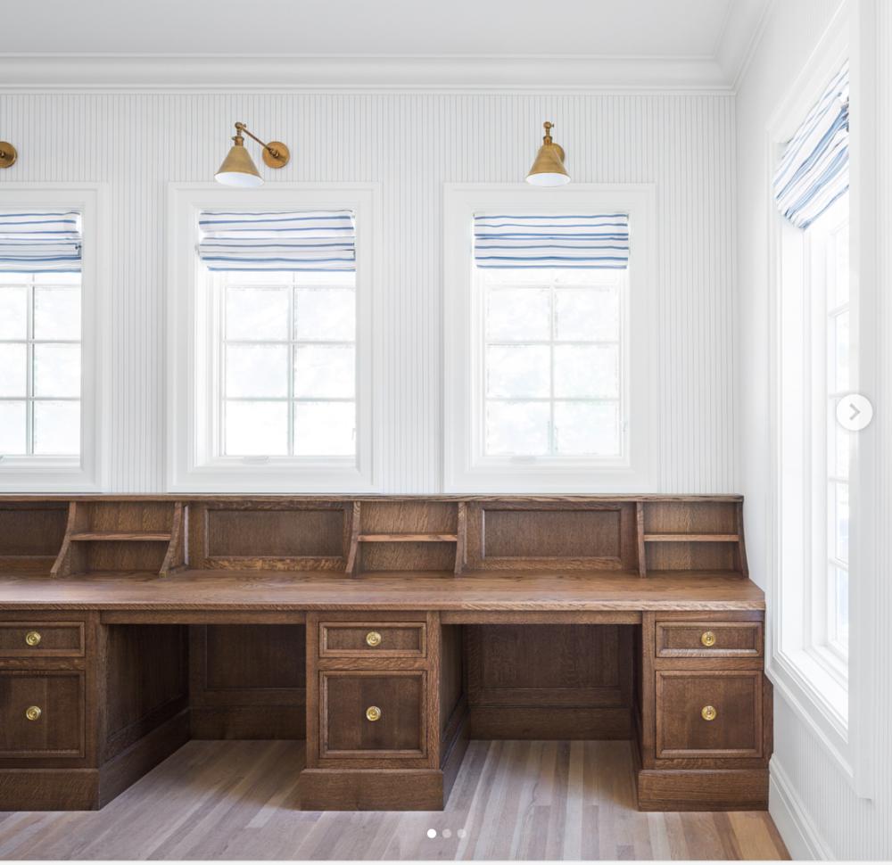 built-n desk