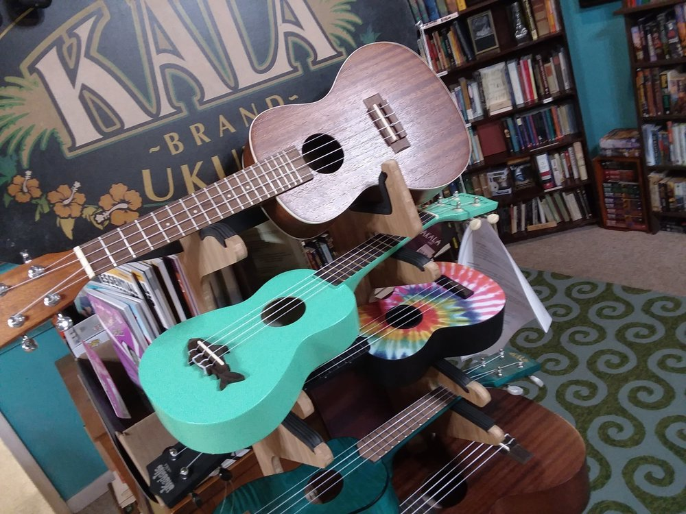Ukuleles - Wide selection of new ukulelesSong booksAccessoriesLessons for beginners during the summer