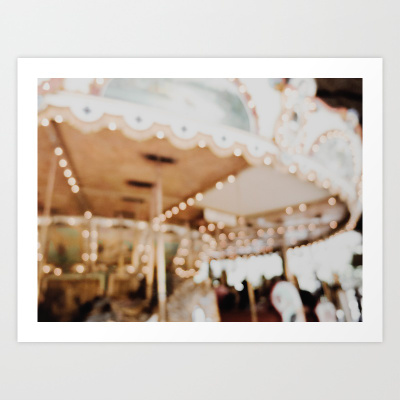 BLURRY CAROUSEL