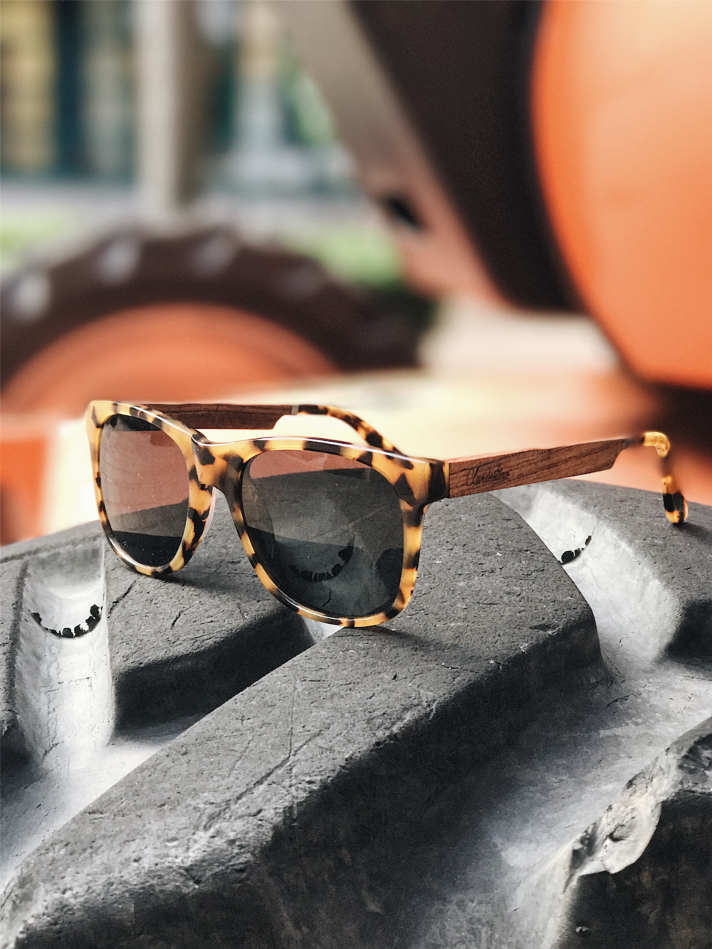 clandestino  veneto  - WOODEN SUNGLASSES10% off use my CODE  BUNDL771