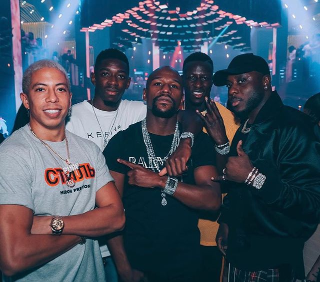 Lately just been hanging around with World Champions in Miami ⚽️🥊🏆 . #LIVONSUNDAY w/ @FloydMayWeather @BassForReal @O.Dembele7 @BenMendy23