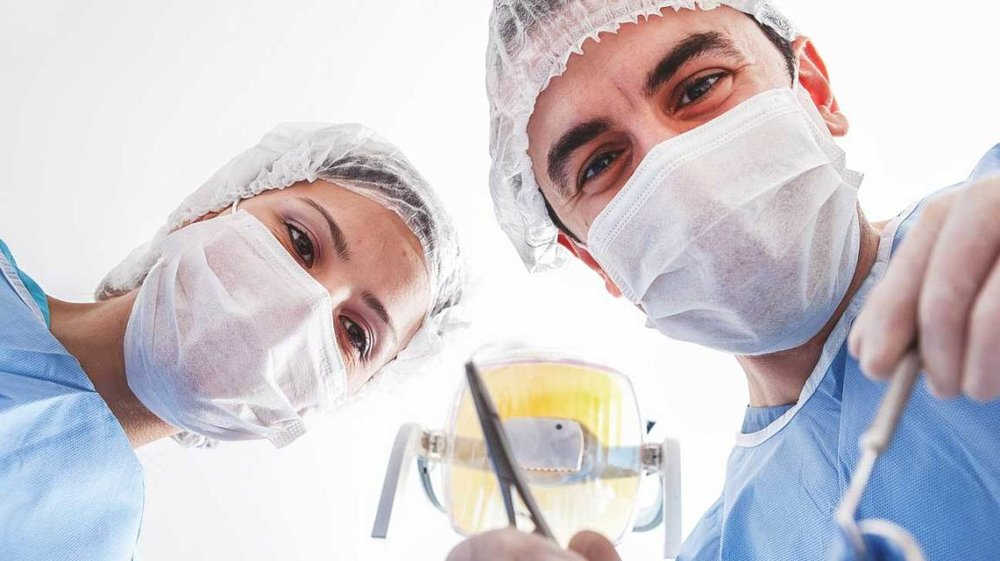 Do you want your surgeon to know about surgery?
