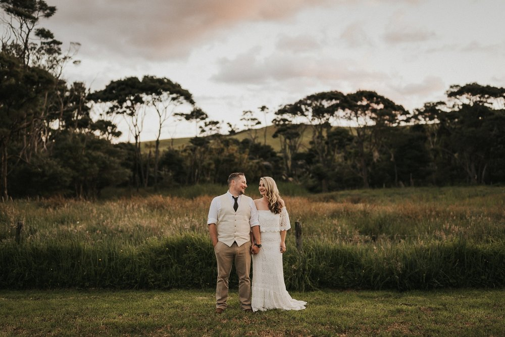 natural sunset wedding portraits
