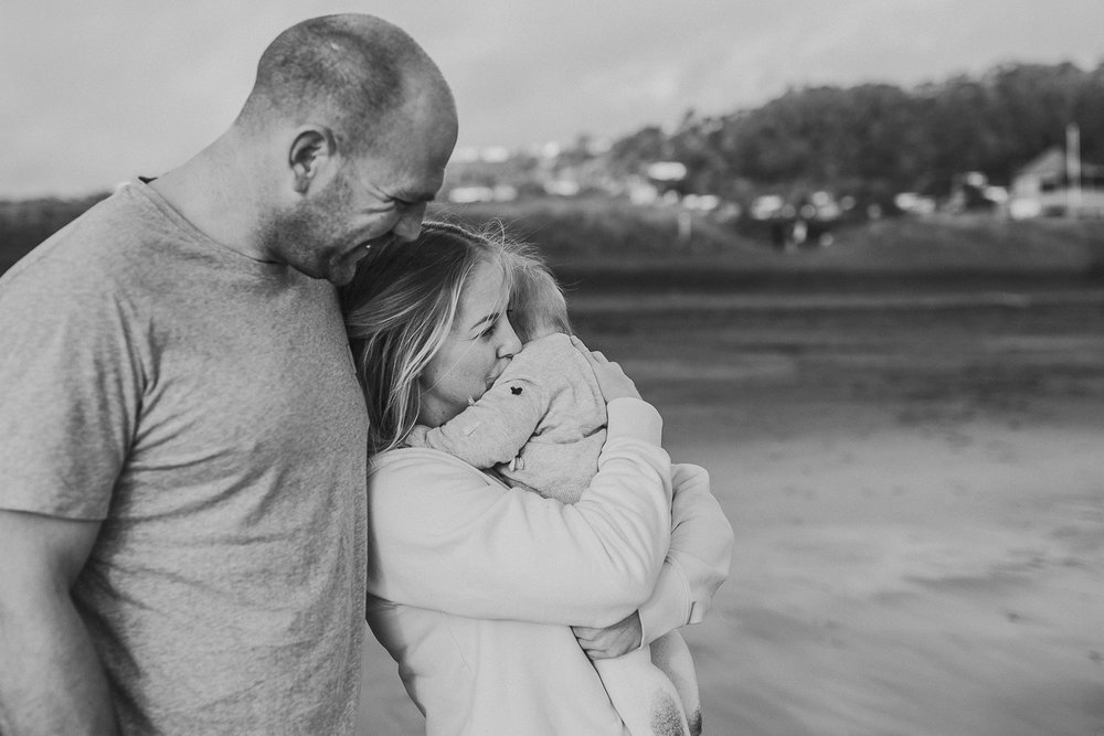 Muriwai family photographer-25.jpg
