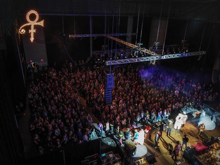 0421-prince-concert-twitter-main-1.jpg