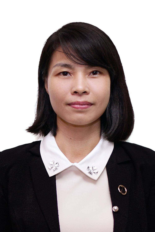 Cao Bích Thảo   Giám đốc phụ trách Định cư-Quốc tịch