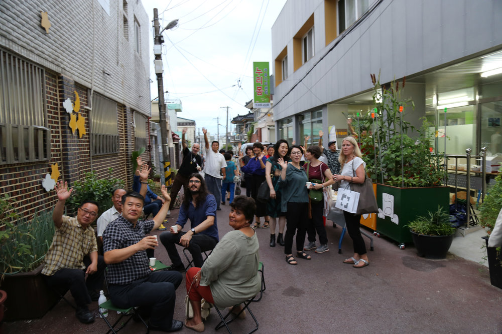 13_Street-Party.jpg