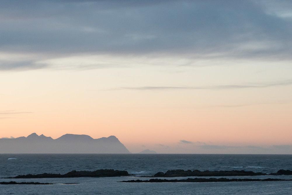 iceland_vatnsnes_peninsula_sunset-1.jpg