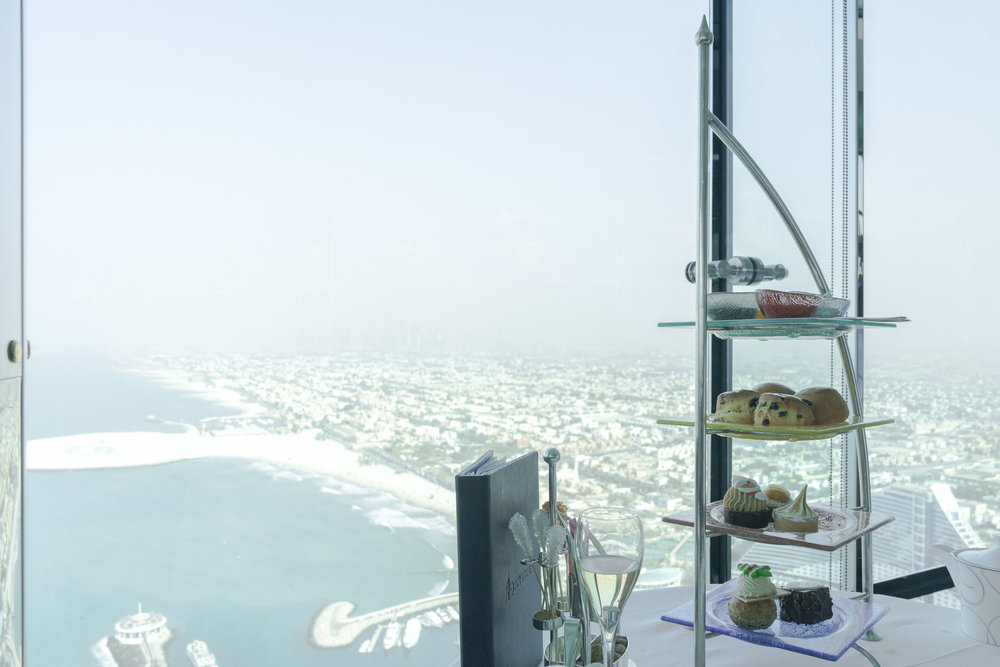 the_getaway_edit_dubai_burj_al_arab_afternoon_tea-1.jpg