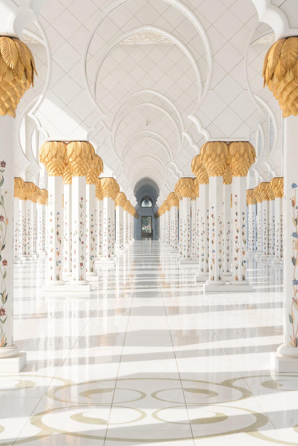 the_getaway_edit_abu_dhabi_sheikh_zayed_grand_mosque-4.jpg
