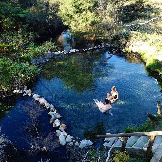 Serene babes in paradise.  #laketarawera #newzealand @purenewzealand #findmeoutside  #getoutsideandplay #adventurebabes