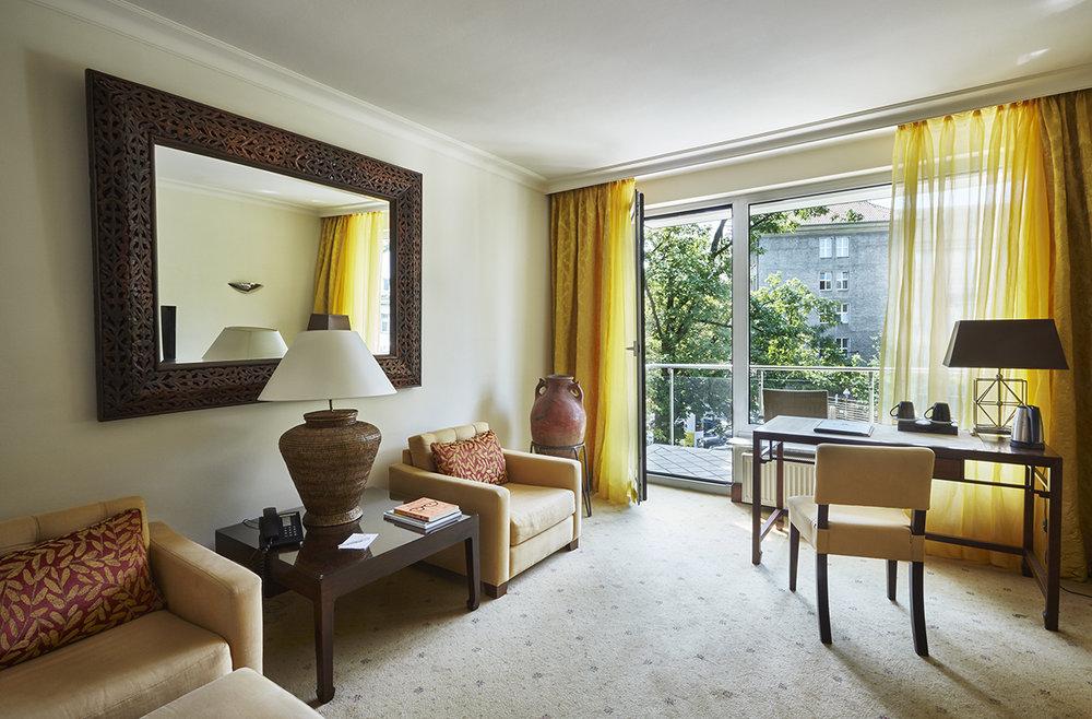 Asia suite -