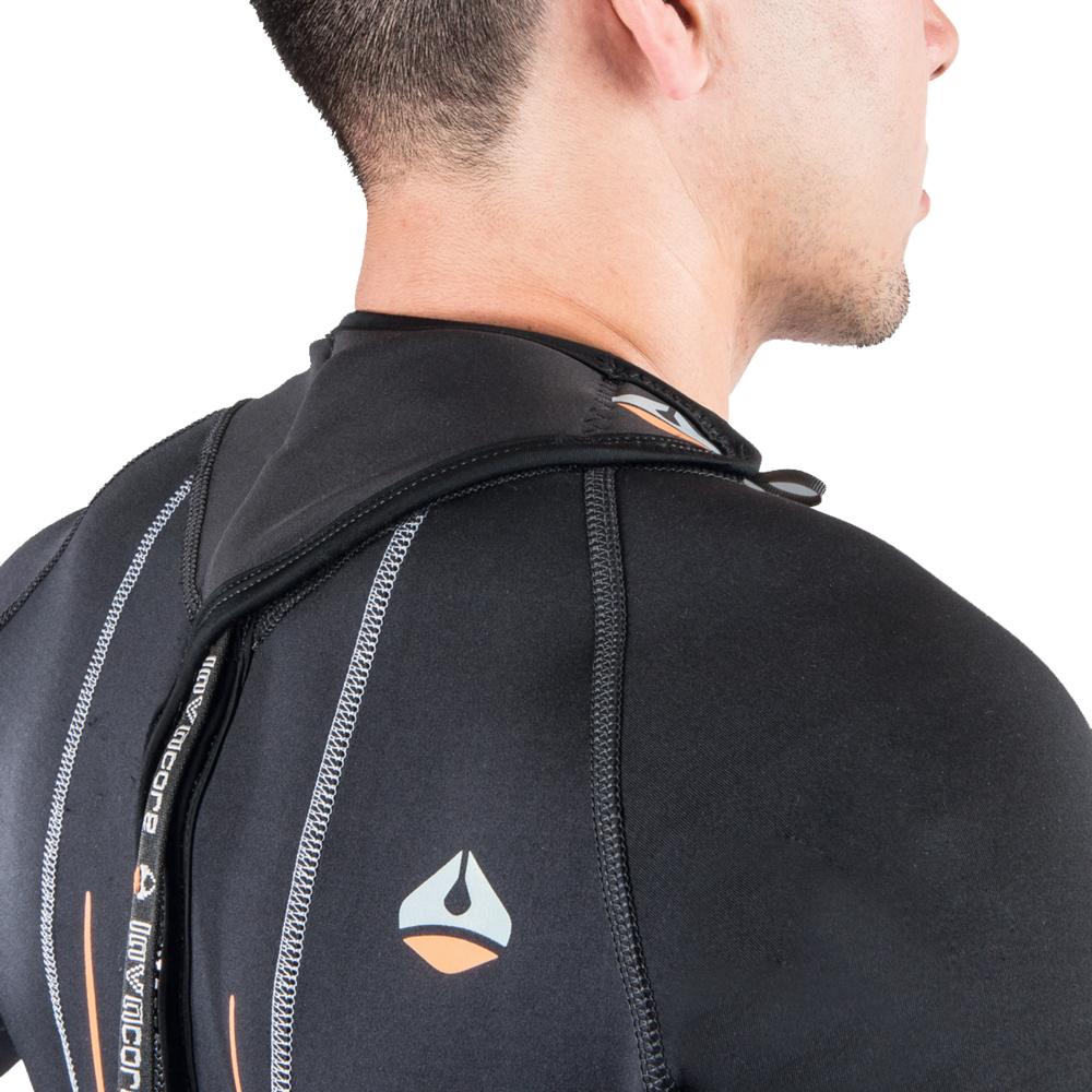 LC_PT_FullSuit_backzip_men_backDetail2_grey_web copy copy.png