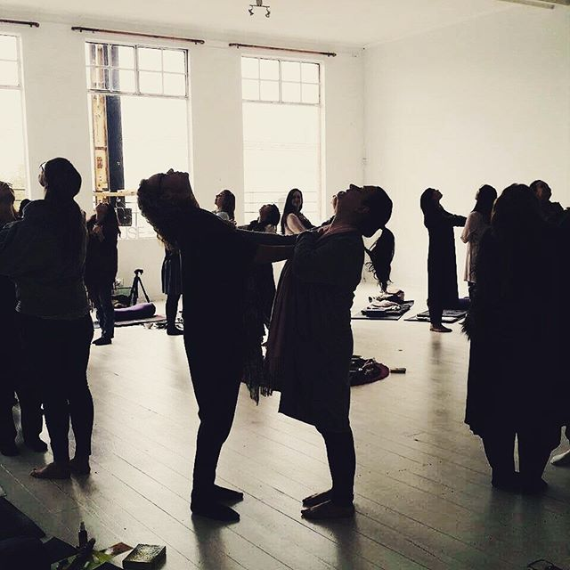 Thinking back to last week when I spent the week in circle with @sorasuryano and some amazing women. .. There is something really powerful and ancient about women coming together this way. I love this photo taken by @iamjanellecrawford it shows the beauty of connection. .. I can't wait to host my own circles again. Keep an eye out for that coming later in the year. . . . #helloyescoaching #womenscircle #witch #womengathering #risesisterrise