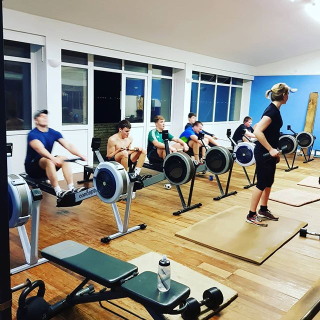 Good to have everyone back after the new year and onto a new training plan!! 🕺🚣‍♀️🏋️‍♀️🏆 Why not try something new in 2019 and give rowing a try. Come along to our friendly club. Get fit whilst being part of a great team of athletes! Beginners always welcome whether you want to race or just be part of a club. Contact us for more information 💻 #newyearnewme #getfit #rowing #thisgirlcan #gainz