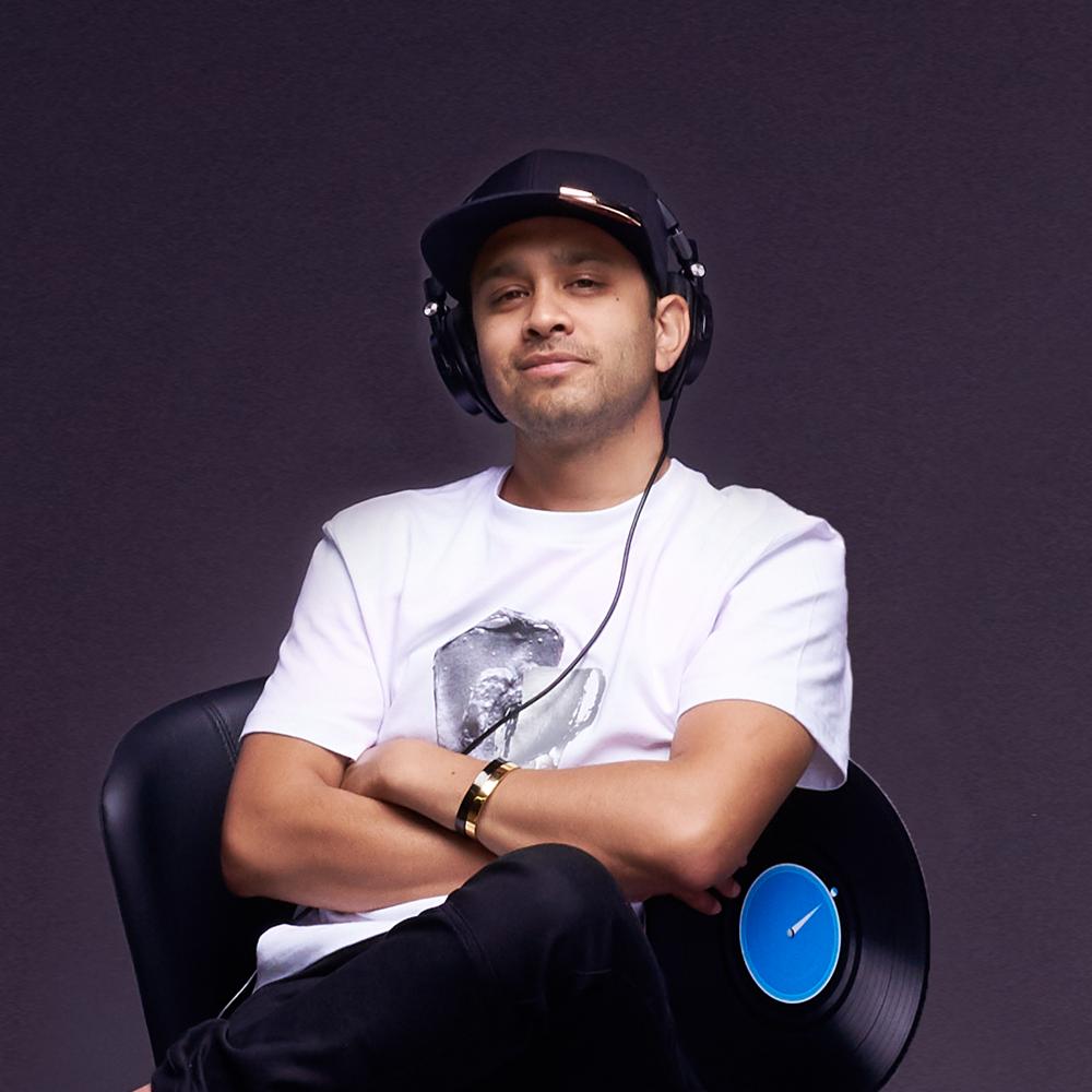 Jasper Gahunia | DJ & Keyboards