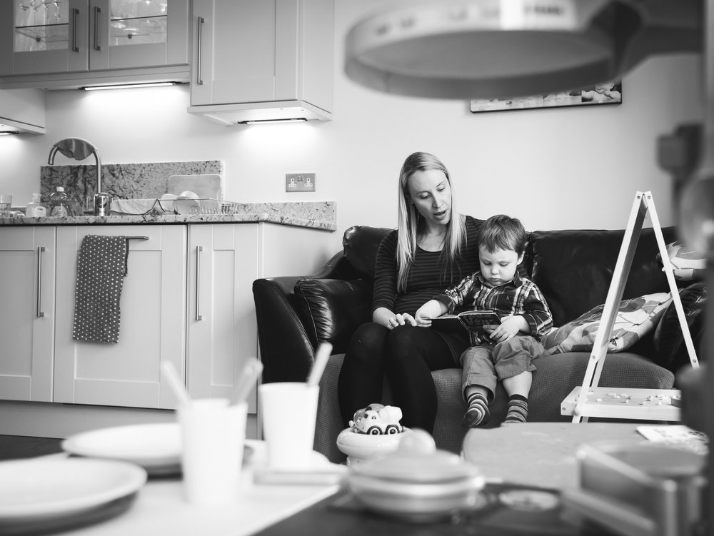 sally-hornung-photography-mother-son-sofa.jpg