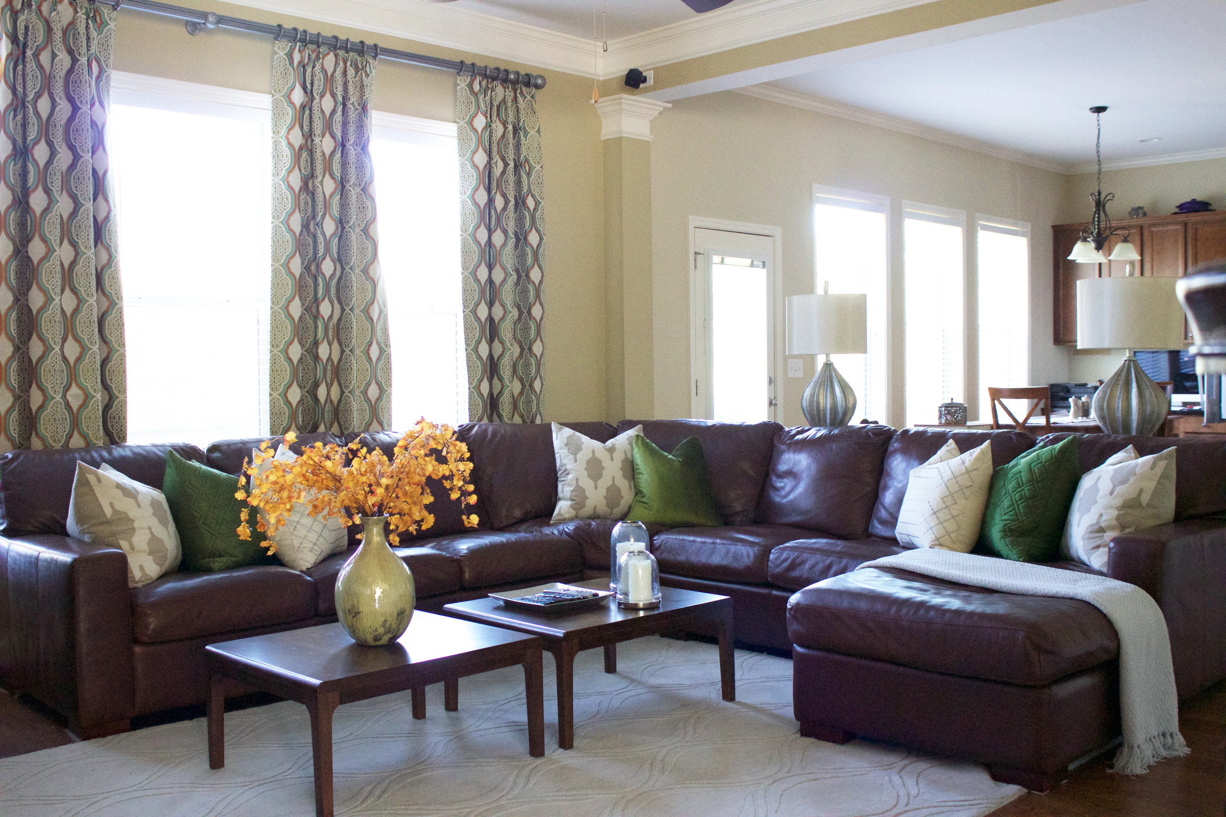 floyd_hill_family_room2