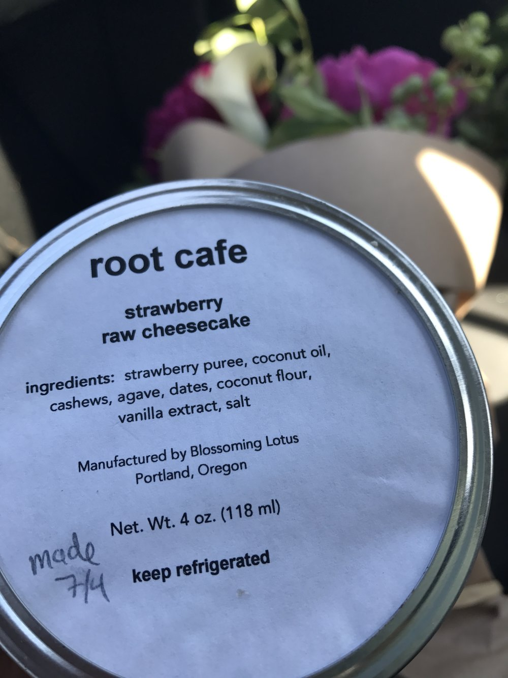 Root Cafe Strawberry Raw Cheesecake