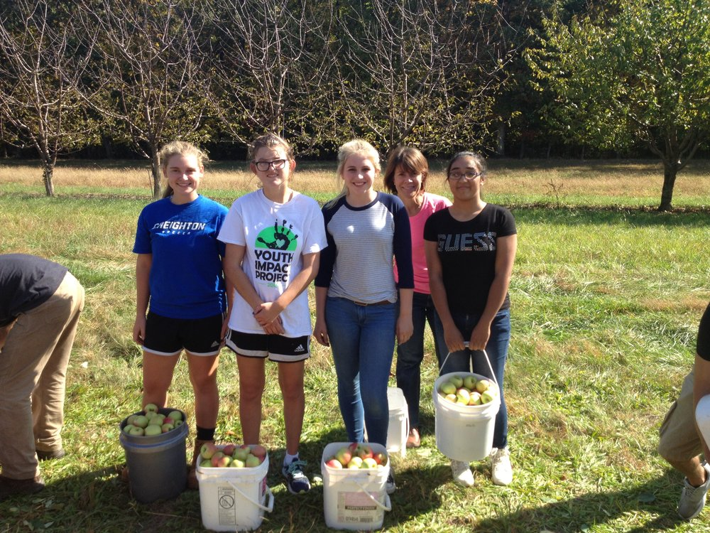 Future Farmers of America give back to their community.