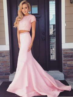 7fb46ad1c8 These dresses are popular among prom goers with a slim waist. As a general  rule