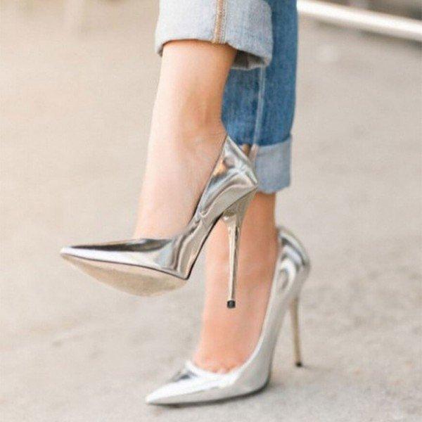silver_metallic_heels.jpg