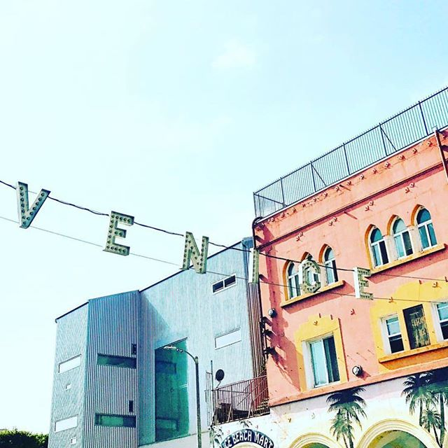 Very Venice- feeling the local vibes in the neighborhood- come and visit this weekend @growvenice • • • • • #growvenice #losangeles #urbanoutdoorliving #venturesome #abbotkinney #gooutsideandbe #alwayssummer #venicebeach #santamonica#lacali#radicaloptimism #california