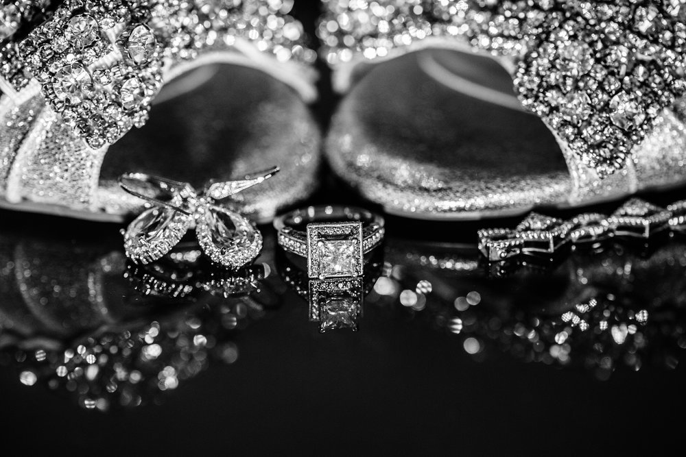 black-and-white-wedding-photos.jpg
