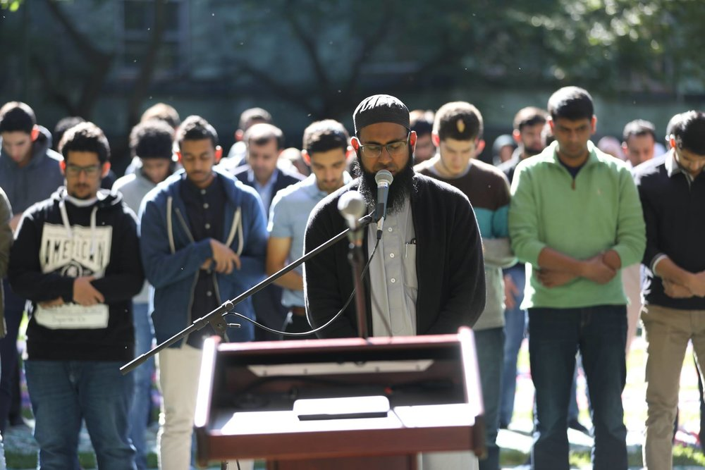 Jummah on the Green 2016, part of Penn MSA's annual Islamic Discovery Series.
