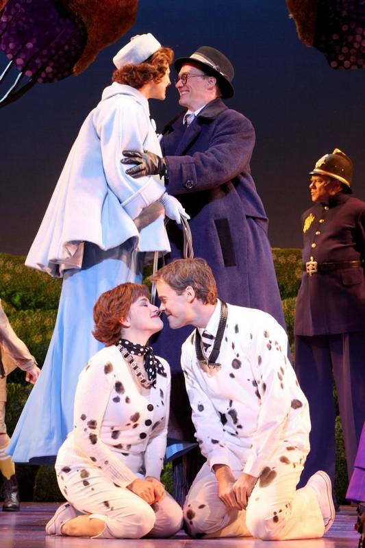 "Catia Ojeda as ""Missus"" in ""101 Dalmations: The Musical"""